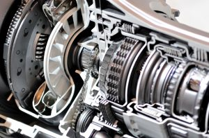 image of transmission gearbox and clutch cross-section.